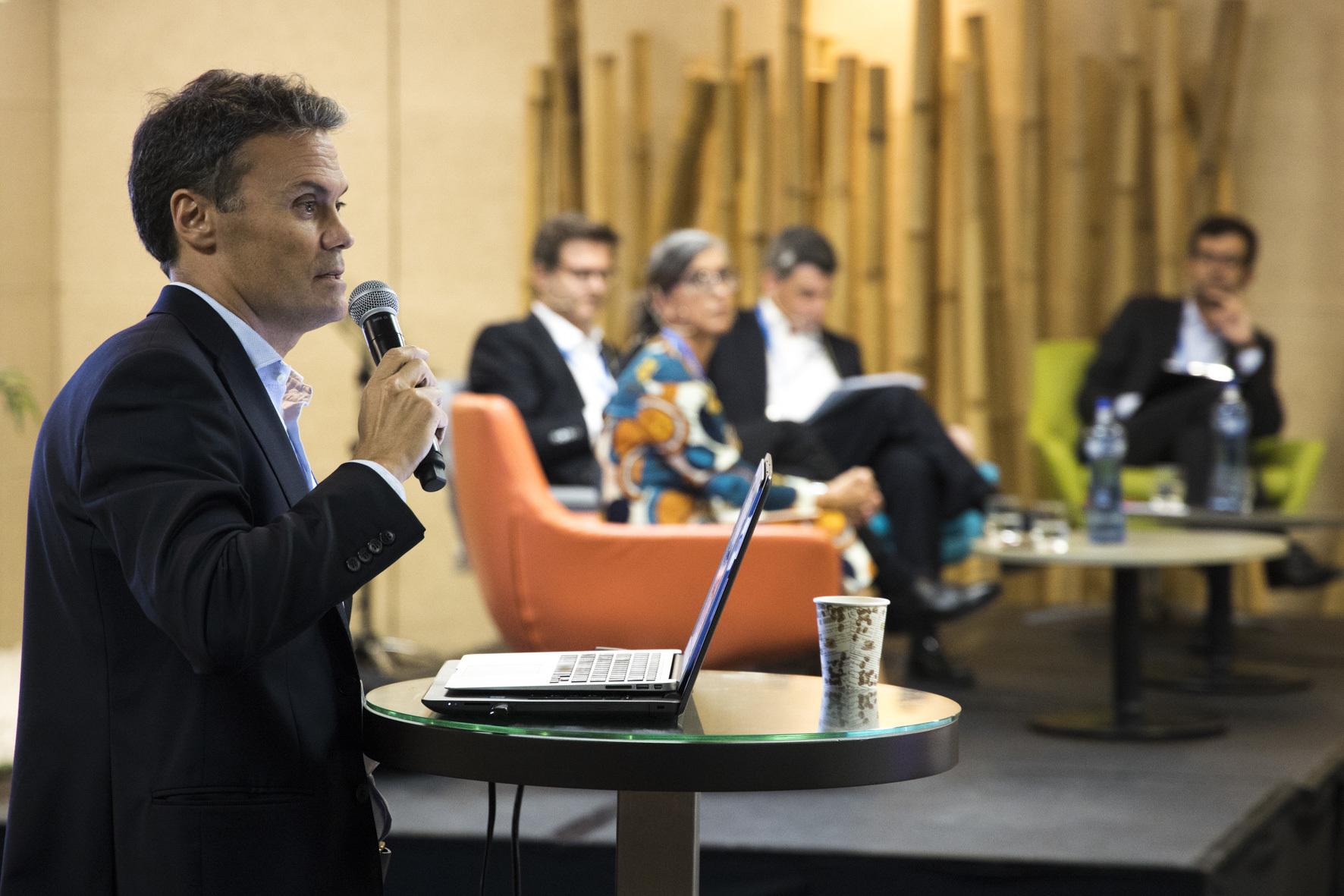 Barcelona Summit 11